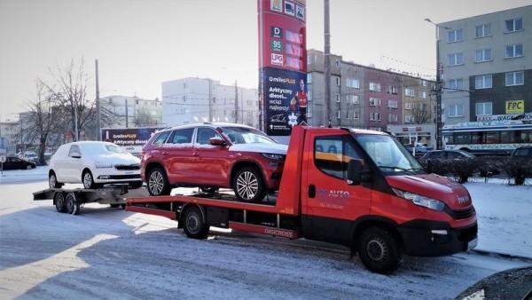 lawety do transportu samochodów osobowych